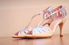 Indian bridal shoes | Deneemotion Wedding Cinema | Rubies and Ribbon Blog