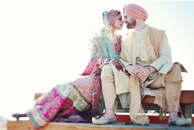 Mint and fuchsia Indian bride | Hong Photography | Rubies and Ribbon
