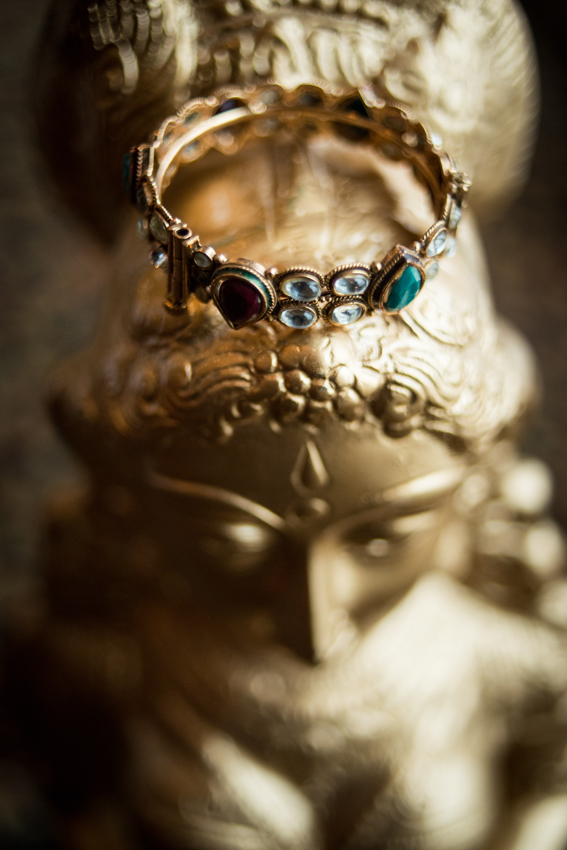 Green and gold Indian bridal bangle | Kumari Photo | Rubies and RIbbon  http://kumariphotoanddesign.com/